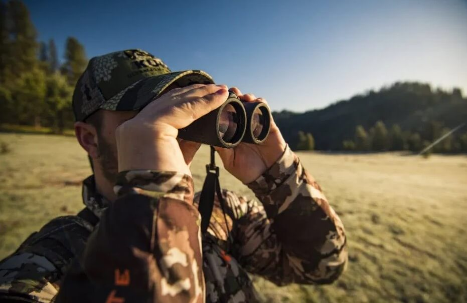 How to Use Your Binoculars and Spotting Scope to Hunt Elk, Mule Deer, and Antelope